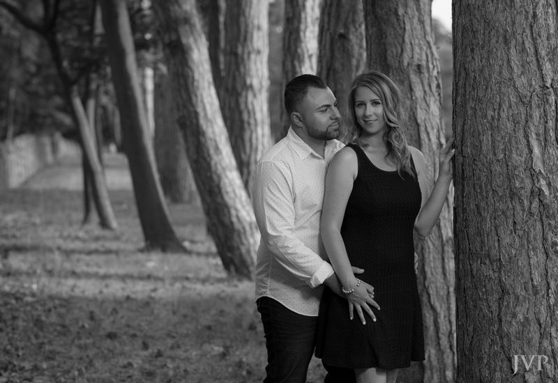 Niagara engagement photo. Katrina and Marco